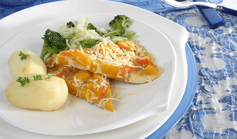 Tortilla de calabaza con verduras salteadas